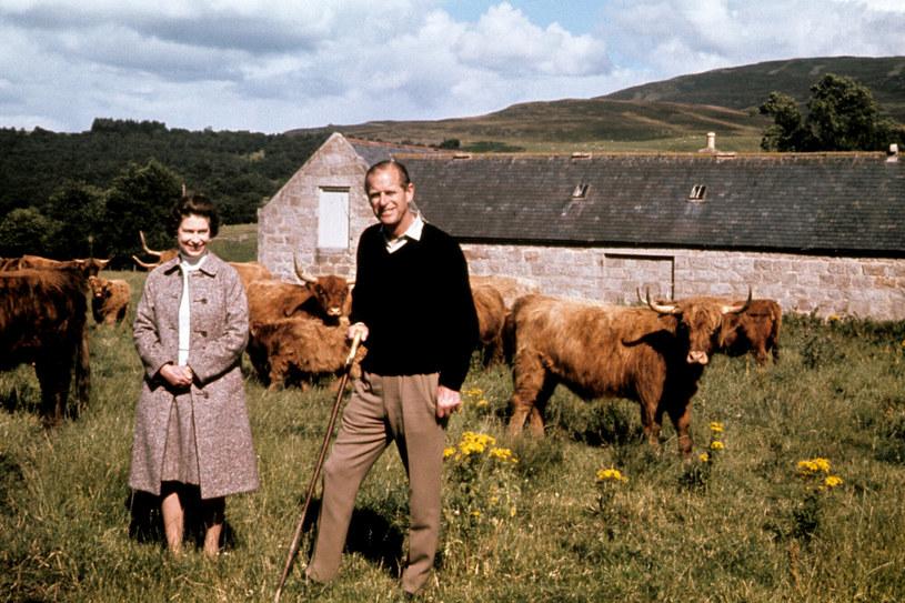 Elżbieta II i książę Filip w Balmoral /East News