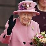 Elżbieta II musiała spędzić noc w szpitalu. Co dalej?