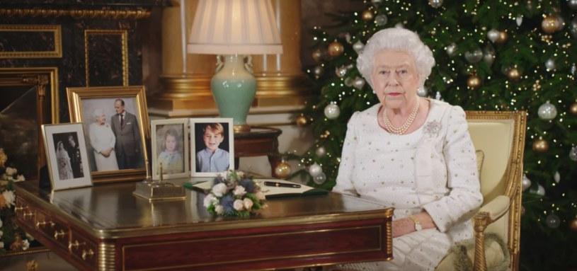 Elżbieta II podczas orędzia /YouTube