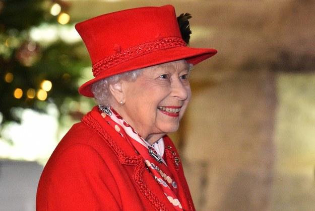 Elżbieta II zachęca do szczepień: To wcale nie bolało