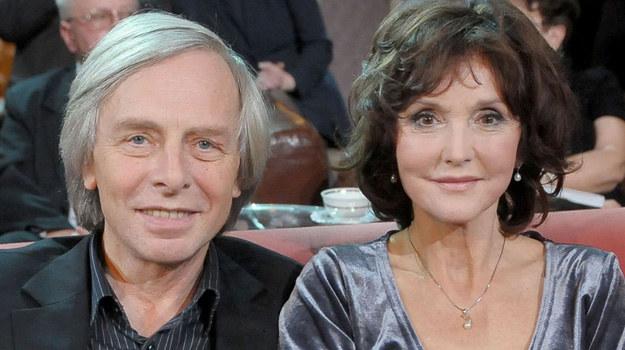 Elżbieta Starostecka i Włodzimierz Korcz stanęli na ślubnym kobiercu w 1966 roku. Oprócz przysięgi małżeńskiej złożyli sobie wtedy obietnicę, że nie będzie u nich cichych dni, że nigdy nie zasną... pokłóceni. /Agencja W. Impact