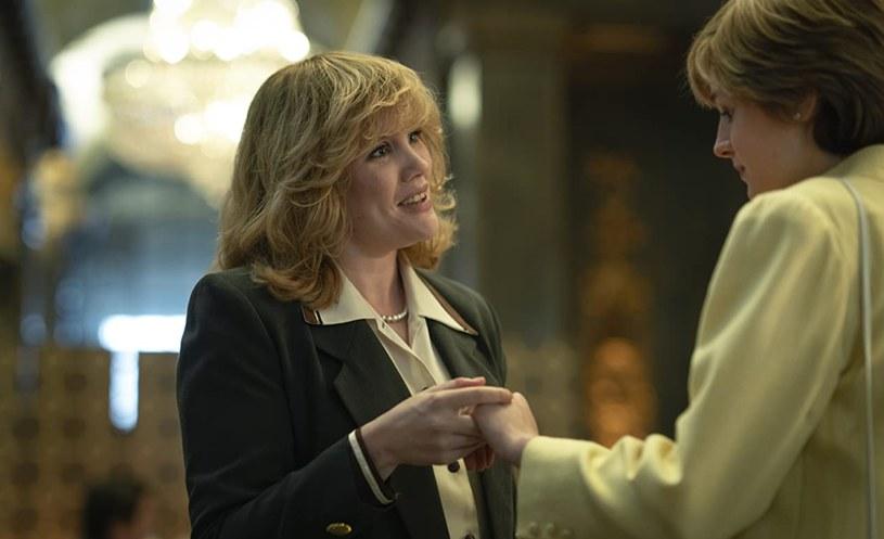 "Emerald Fennell jako Camilla Parker Bowles w serialu ""The Crown"" (2016) /Netflix /materiały prasowe"