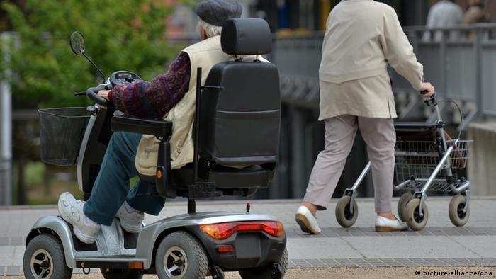"""Emeryci w Niemczech mogą się spodziewać w przyszłym roku """"znacznej podwyżki"""" świadczeń /© picture-alliance/dpa  /Deutsche Welle"""