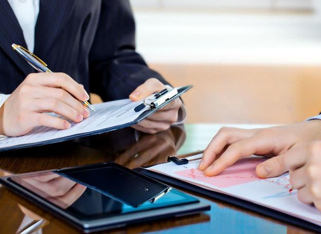 Emeryt może korzystać z funduszu socjalnego z zakładu pracy, w którym pracował /123RF/PICSEL
