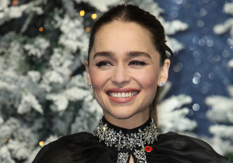 """Emilia Clarke jest gwiazdą serialu """"Gra o tron"""" /Splash News /East News"""