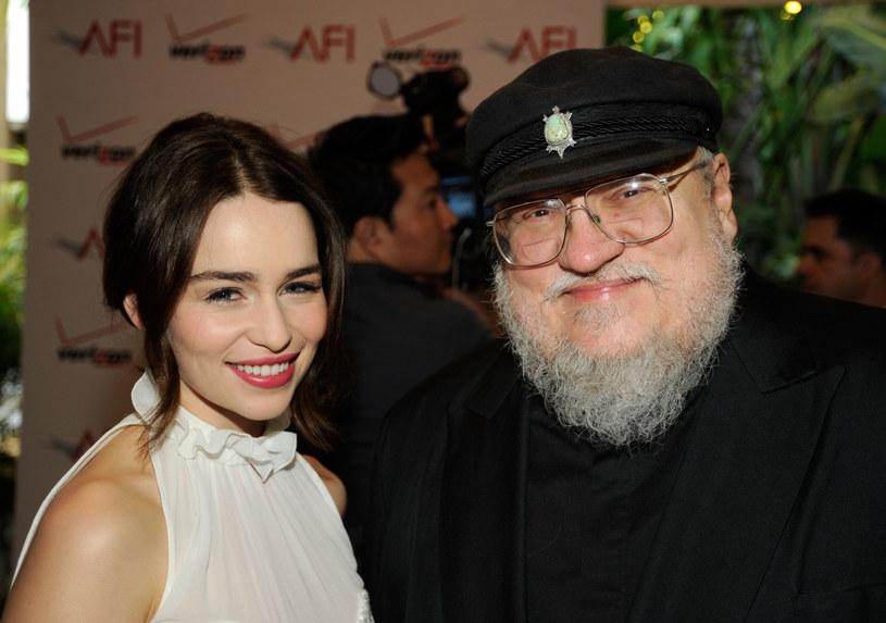 Emilia Clarke (serialowa Daenerys) i George R.R. Martin /AFP