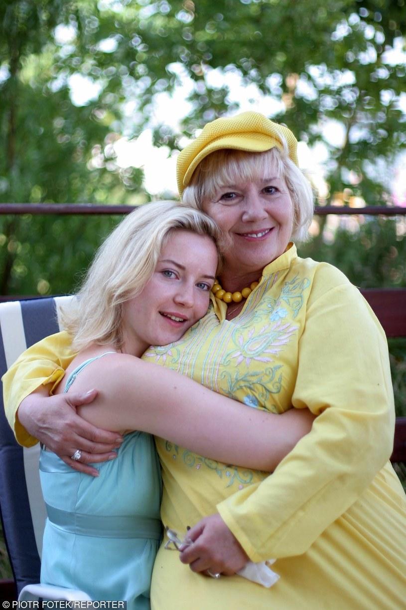 Emilia Krakowska z córka Eleonorą w 2005 roku /Piotr Fotek /Reporter