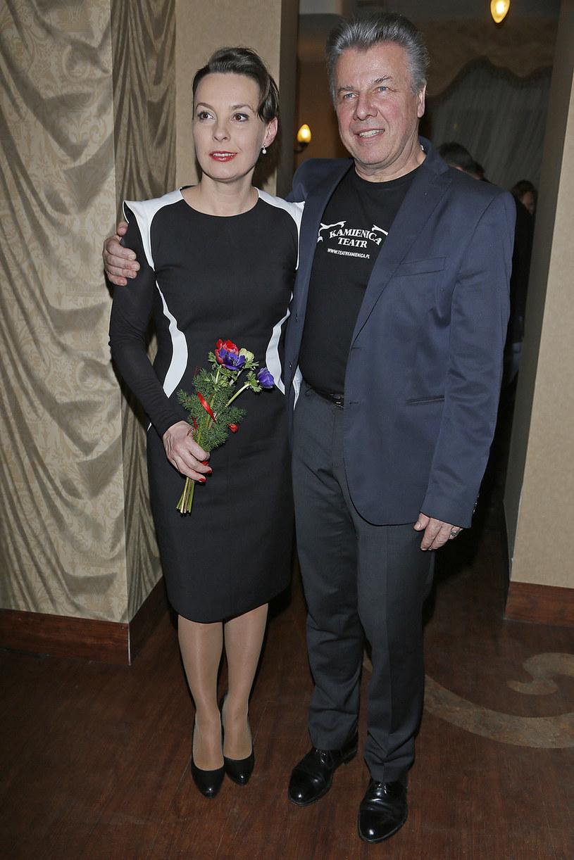Emilian Kamiński z żoną Justyną Sieńczyłło /AKPA
