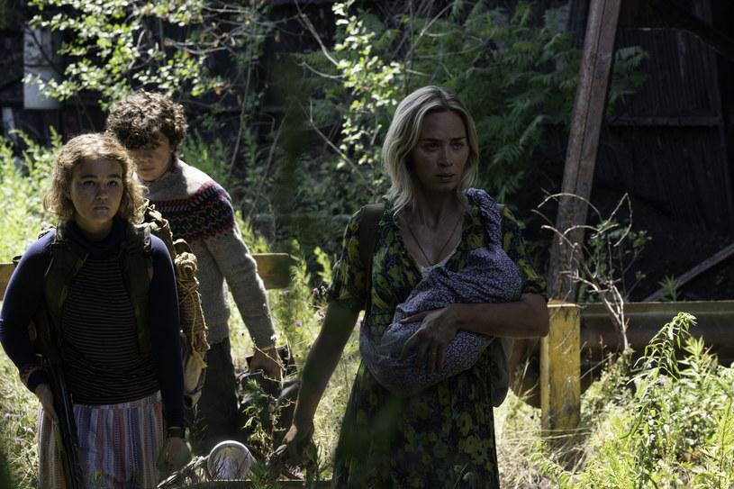 """Emily Blunt w filmie """"Ciche miejsce 2"""" /UIP /materiały prasowe"""