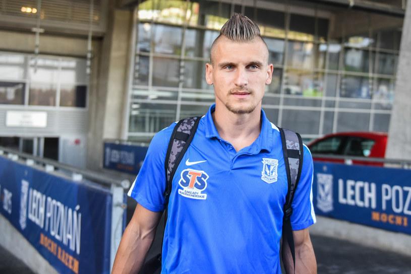 Emir Dilaver zadebiutował dziś w drużynie Lecha /Łukasz Gdak /East News