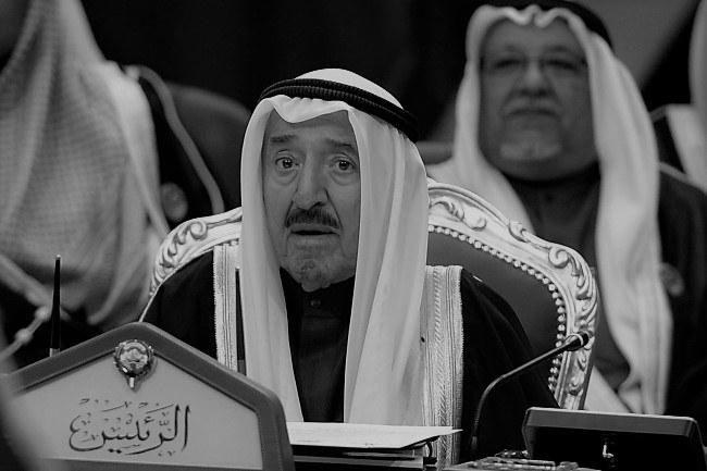 Emir Kuwejtu szejch Sabah al-Ahmad al-Sabah zmarł w wieku 91 lat /NOUFAL IBRAHIM /PAP/EPA