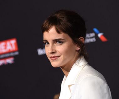 """Emma Watson przedstawia ekipę """"Małych kobietek"""""""