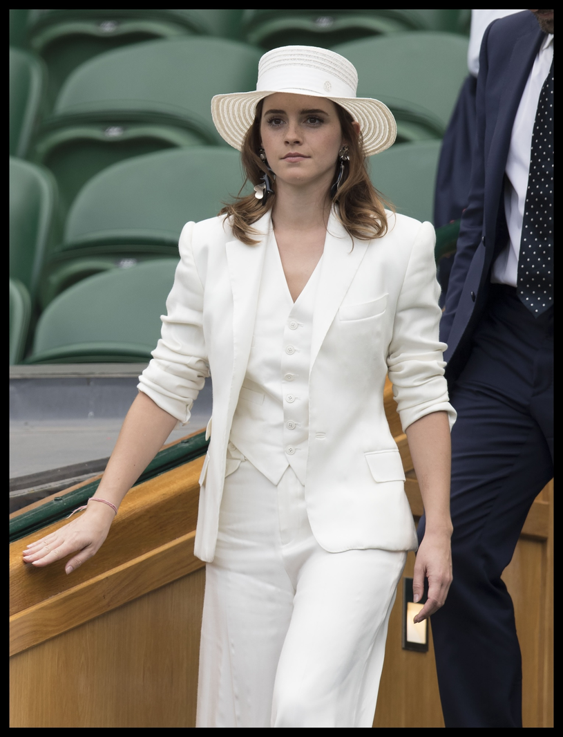 Emma Watson w bieli /East News