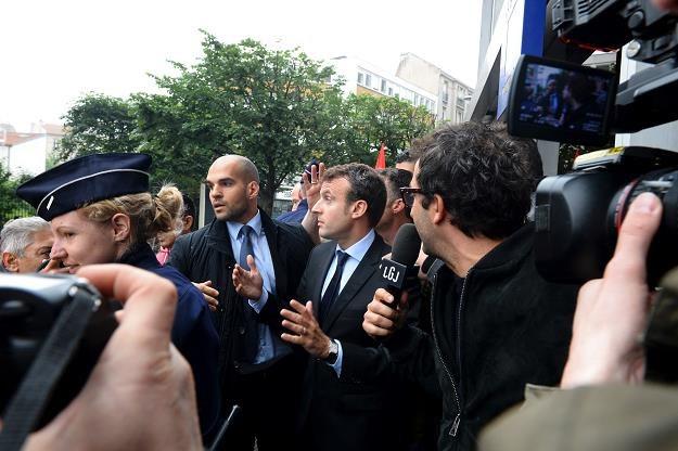 Emmanuel Macron dzisiaj na paryskim przedmieściu Montreuil /AFP
