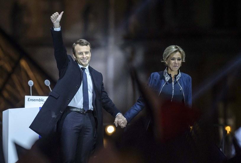 Emmanuel Macron z żoną /PAP/EPA
