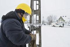 Energetycy od rana usuwają awarie na Mazowszu i Podlasiu