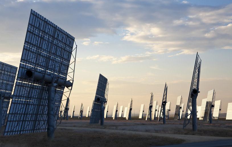 Energetyka słoneczna przyspieszy? /© Glowimages