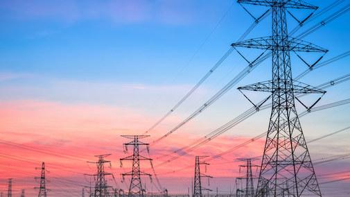 Energetyka w napięciu czeka na rozporządzenie do ustawy o cenach