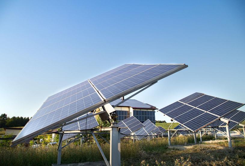 Energia słoneczna będzie przejmować dużą część rynków /123RF/PICSEL