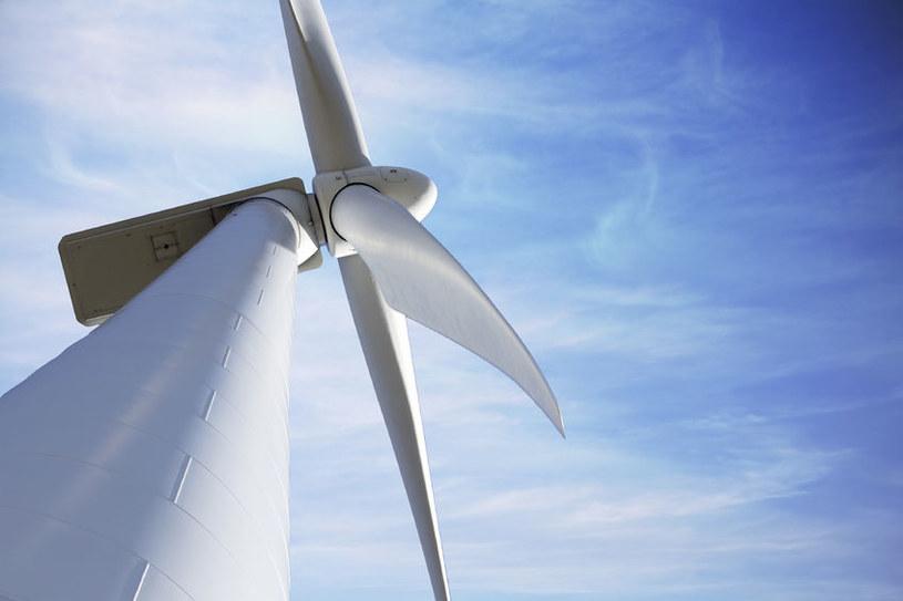 Energia wiatrowa wcale nie jest taka dobra? /123RF/PICSEL
