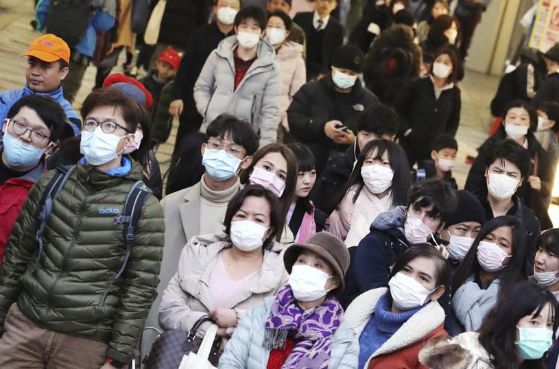 Epidemia wywołującego zapalenie płuc koronawirusa wybuchła w grudniu w mieście Wuhan w Chinach /Yomiuri Shimbun/Associated Press /East News