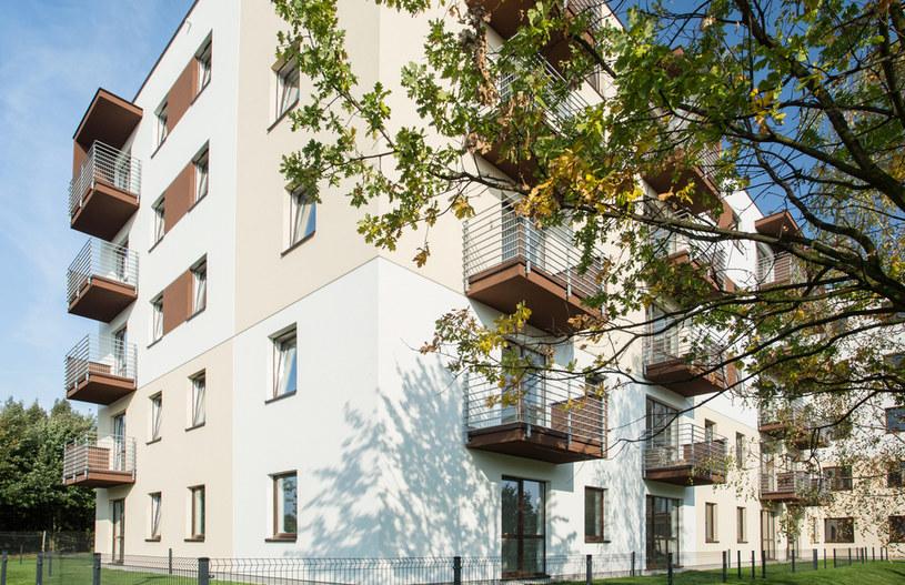 Epidemia zatrzymała wzrosty cen mieszkań /123RF/PICSEL