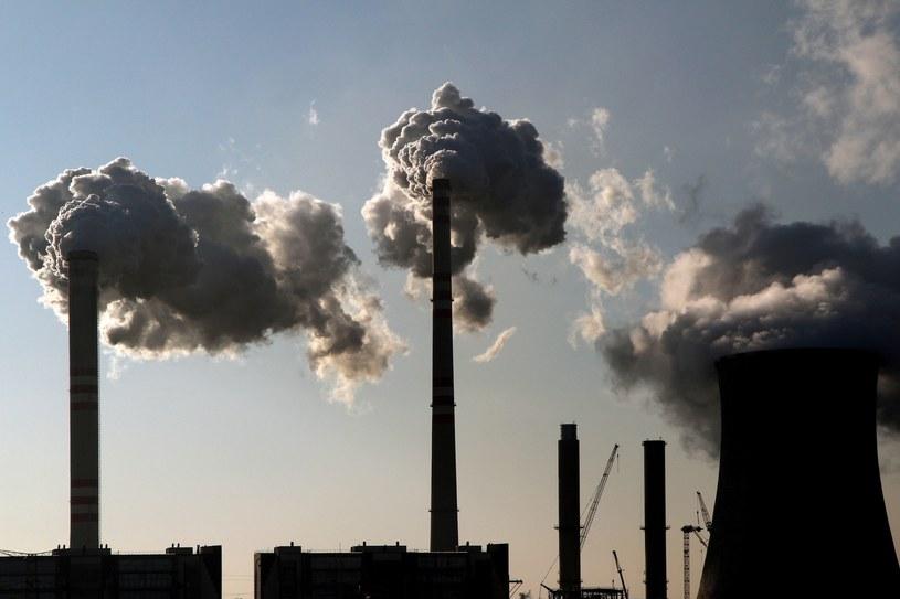 """Epoka energetyki opartej na """"czarnym złocie"""" definitywnie się kończy /123RF/PICSEL"""