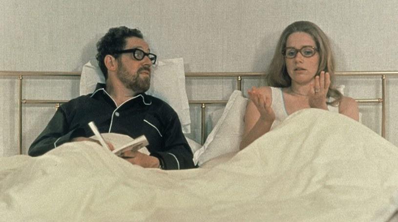 """Erland Josephson i Liv Ullmann w produkcji Ingmara Bergmana filmie """"Sceny z życia małżeńskiego"""" (1973) /materiały prasowe"""