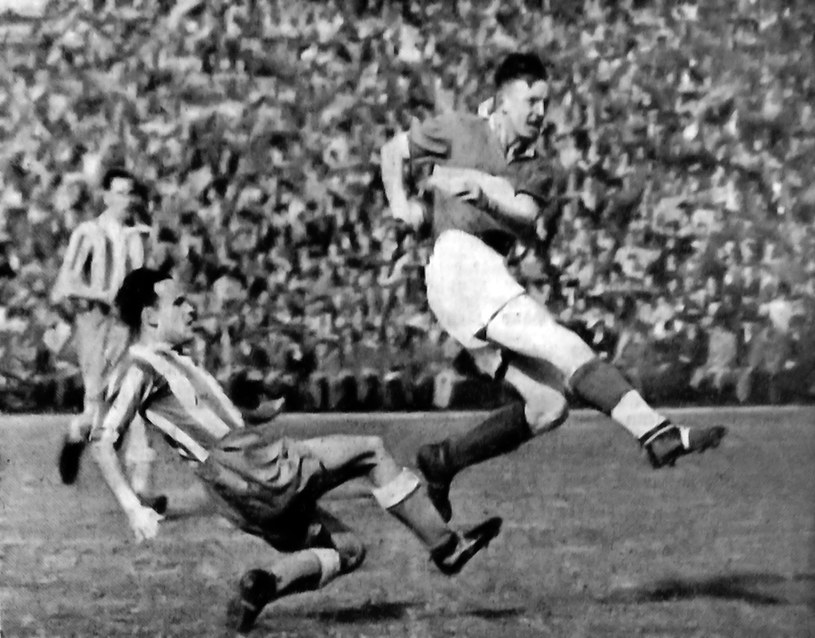 Ernest Wilimowski podczas meczu Saksonii z Bawarią w sezonie 1941/42 /archiwum Mariusza Kowolla /INTERIA.PL