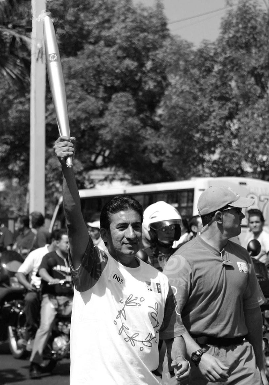 Ernesto Canto przegrał walkę z rakiem /AFP