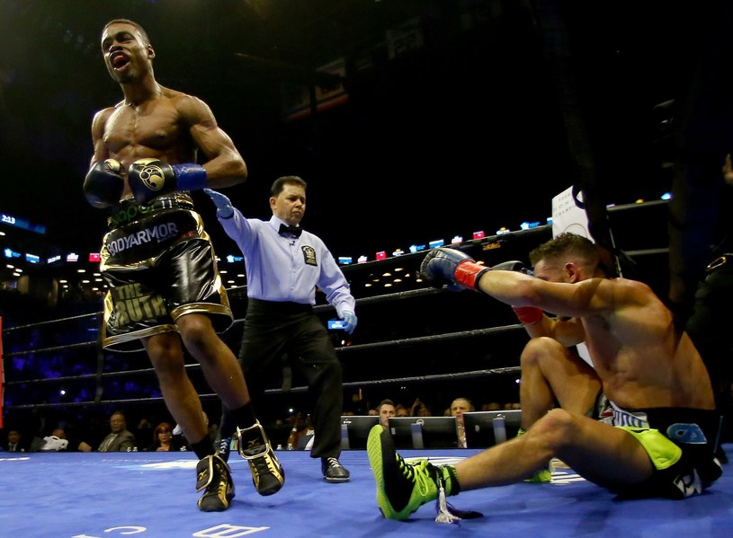 Errol Spence Jr (z lewej) /AFP