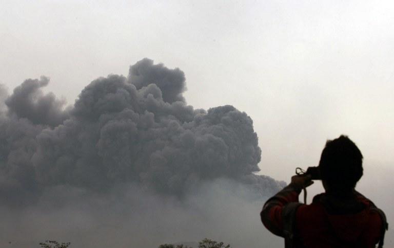 Erupcja wulkanu Kelud /AFP