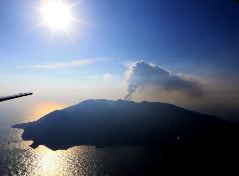 Erupcja wulkanu na wyspie Kuchinoerabu. Zdjęcie z 2015 roku /JIJI PRESS /AFP