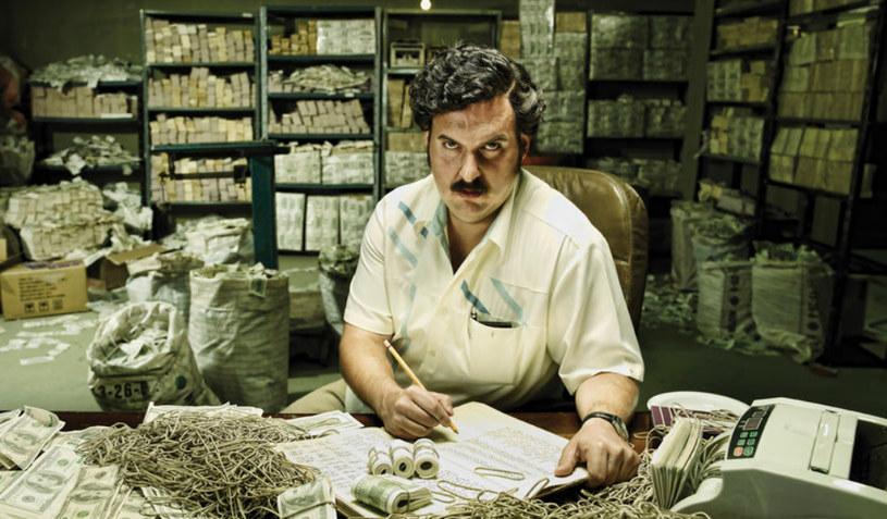 Escobar był w pewnym momencie 7. najbogatszym człowiekiem świata według magazynu Forbes (Escobar: El Padrón del Mal) /materiały prasowe