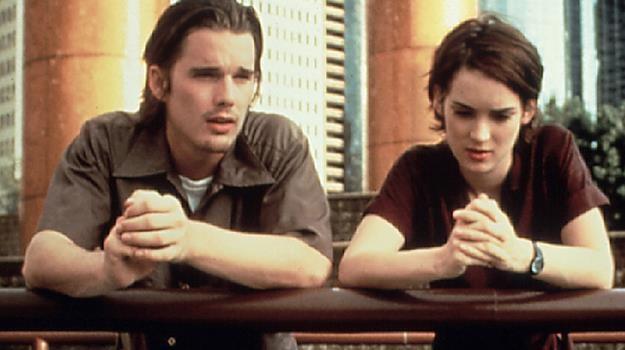 """Ethan Hawke i Winona Ryder w """"Orbitowaniu bez cukru"""". Kto zagra Troya i Lelainę w serialu? /AKPA"""