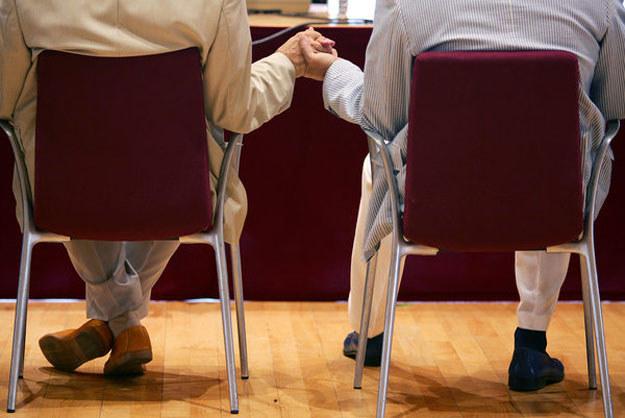 ETPCz: Prawo do związków cywilnych powinno być także dla gejów. /AFP
