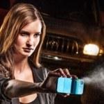 Etui na iPhone'a z miotaczem gazu pieprzowego