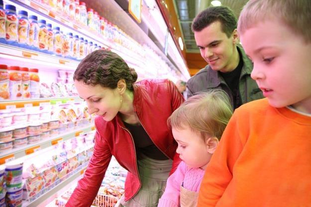 Etykiety artykułów spożywczych nie powinny wprowadzać konsumenta w błąd /© Panthermedia