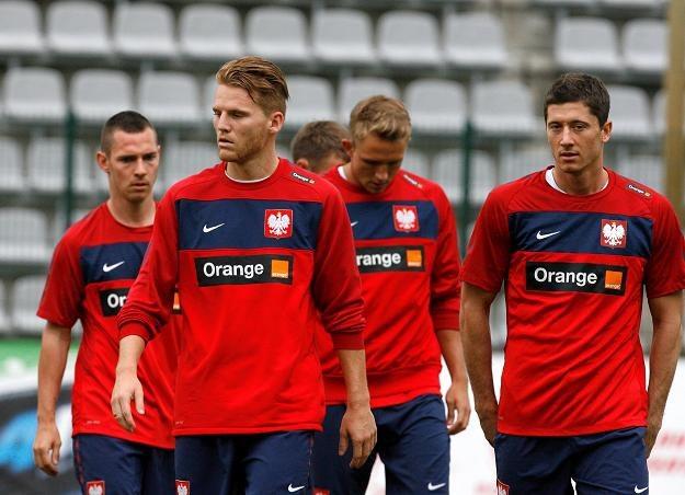 Eugen Polanski (drugi z lewej) na treningu reprezentacji Polski w Legnicy. Fot. Adam Haławej /PAP