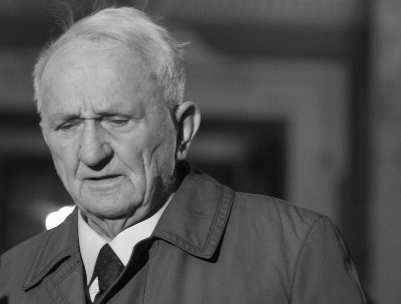 Eugeniusz Mróz na zdjęciu archiwalnym z dnia 02.04.2005 / Andrzej Grygiel    /PAP