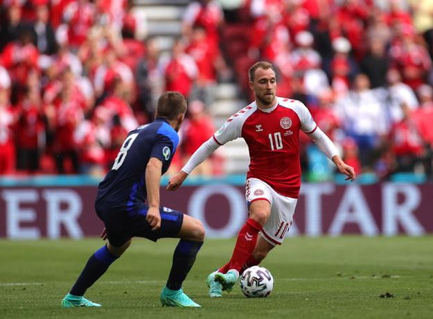 Euro 2020. Christian Eriksen (po prawej) i Robin Lod w meczu grupy B Dania – Finlandia / FRIEDEMANN VOGEL / POOL /PAP/EPA