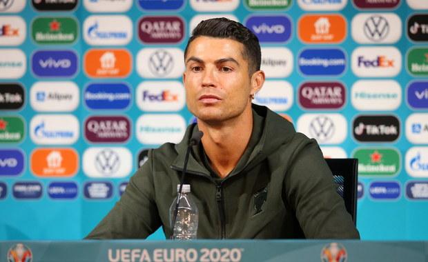 Euro 2020. Cristiano Ronaldo jednym gestem namieszał na giełdach. Zaszkodził gigantowi [WIDEO]