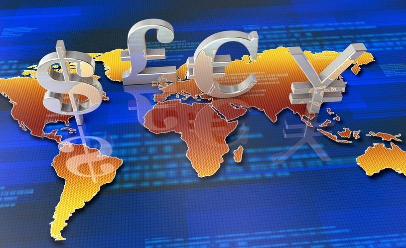 Euro, dolar funt i frank mocno podrożały /123RF/PICSEL