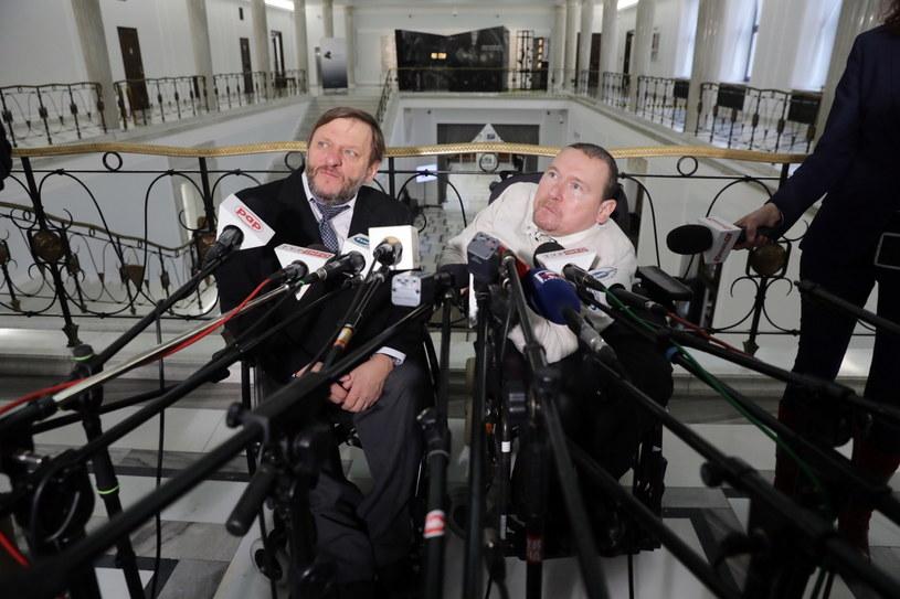 Eurodeputowany Marek Plura oraz poseł PO Sławomir Piechota /Tomasz Gzell /PAP