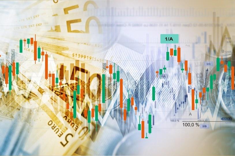 Eurofundusz rozgrzewa inwestorów /123RF/PICSEL