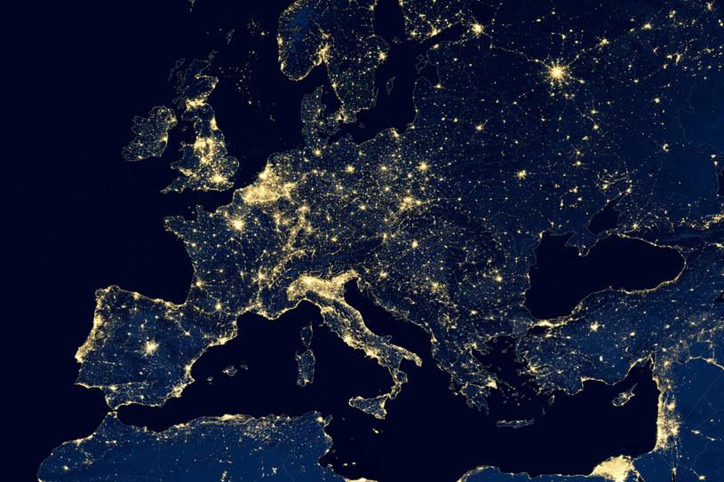 Europa reaguje na gigantyczne wzrosty cen energii /123RF/PICSEL