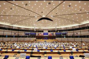 Europarlament chce, by związki partnerskie i małżeństwa jednopłciowe uznawano w całej Unii