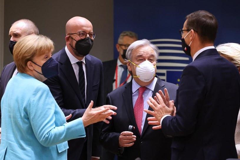 Europejscy przywódcy rozmawiają na szczycie UE m.in. o cyberatakach /KPRM /materiały prasowe