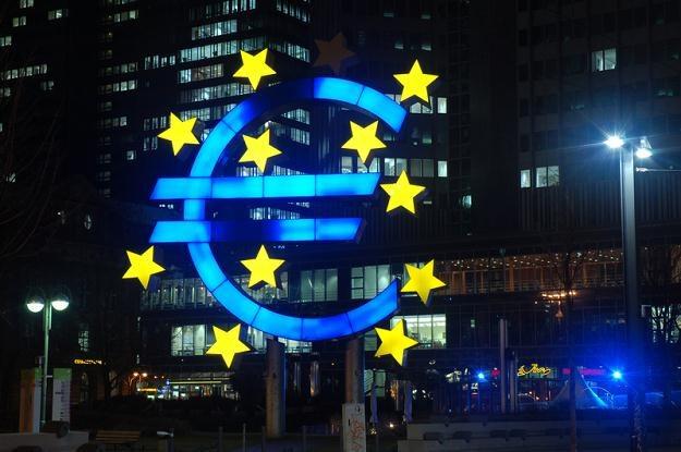 Europejski Bank Centralny podjął decyzję w sprawie stóp procentowych /© Panthermedia