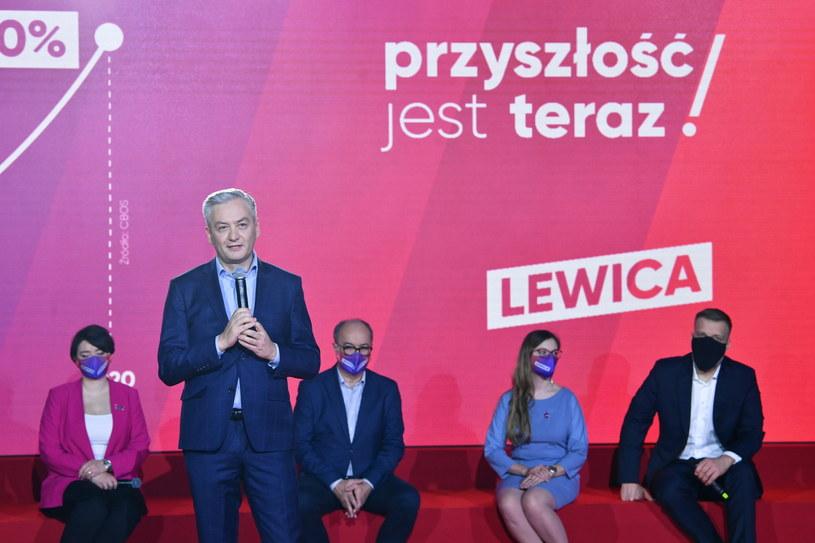 Europoseł Robert Biedroń podczas konwencji z cyklu #ZrobimyToLepiej w Studiu Las w Warszawie